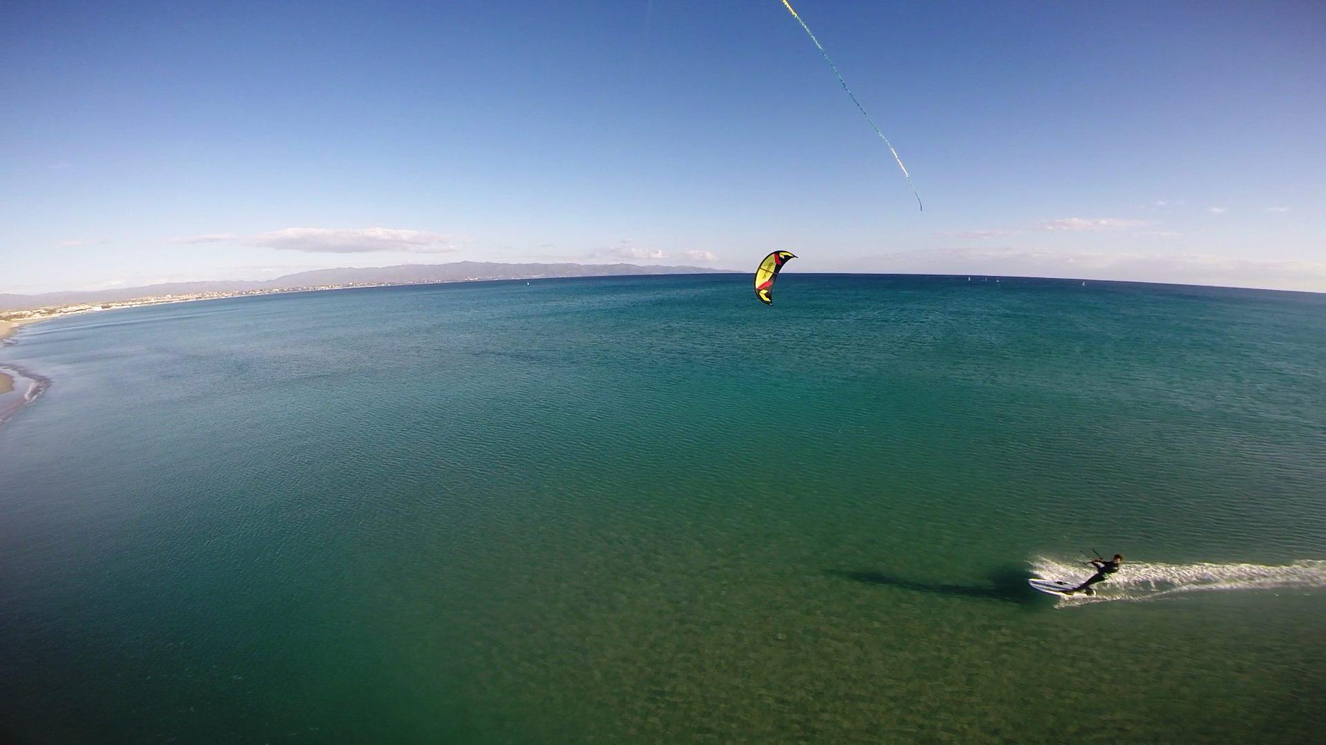 Kiten in Cagliari auf Sardinien mit Kitegeneration | Kitesurfen Sardinien