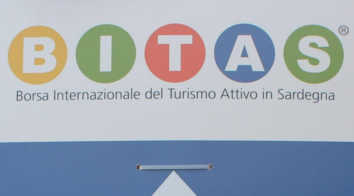 Kitesurfing Sardinia and BITAS 2013