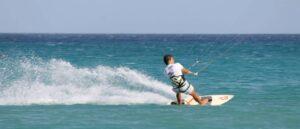 Kitesurfing Lessons Sardinia: kite course, Mini kitesurf course, Kitecours for kids, advanced kite course in Sardinia