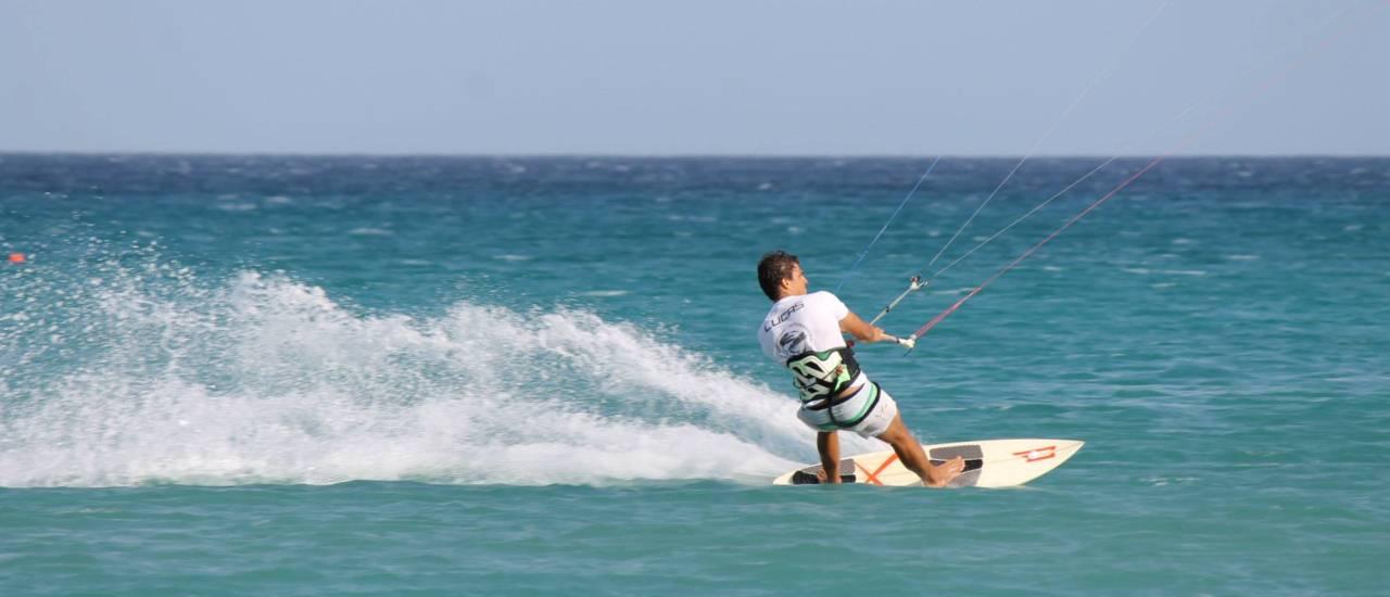 Kitesurfing Lessons in Sardinia