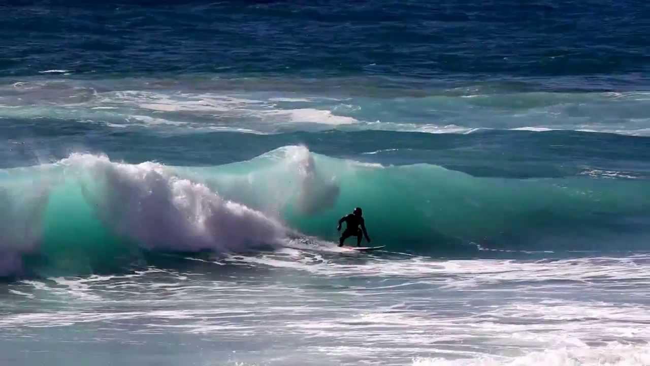 Surfing lessons in Sardinia: Surfing Sardinia Cagliari, Villasimius, Chia, Capo Mannu
