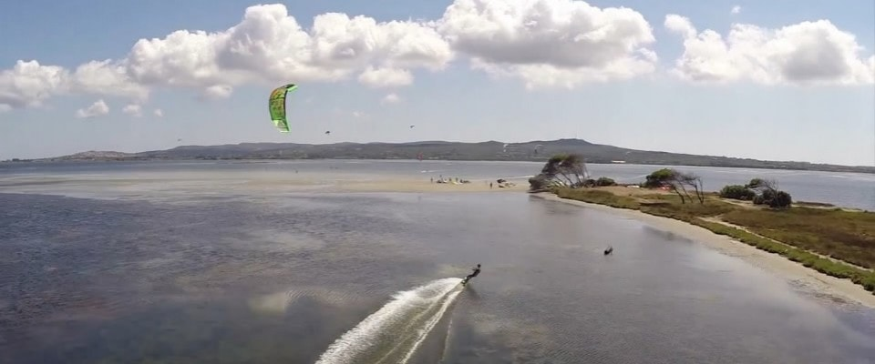Kite Spot of Punta Trettu, Sardinia: Perfect Kite Spot with Flat Shalloe Water, Steady Wind